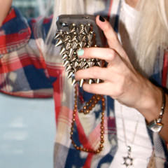 8 Chic iPhone Cases For Every Type