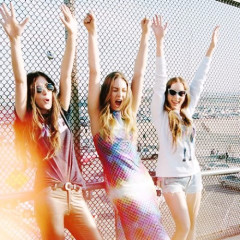 Daily Style Phile: HAIM, The Sister Act Taking The Indie Music World By Storm