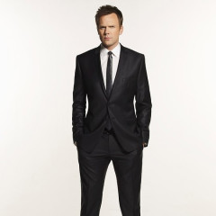 Joel McHale To Host The White House Correspondents' Dinner