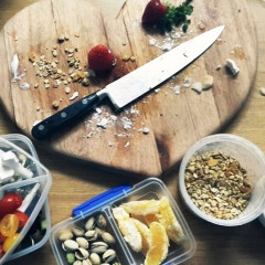 Lunch For Less: 8 Easy & Healthy Meals To Pack For Work
