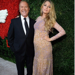 Blake Lively Shows Off Her Baby Bump At The God's Love We Deliver 2014 Golden Hearts Awards Gala