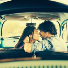 8 Signs Your Guy Is TOTALLY Playing Mind Games
