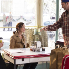 IRL Gilmore Girls Hangout Luke's Diner Coming To Every State This Week
