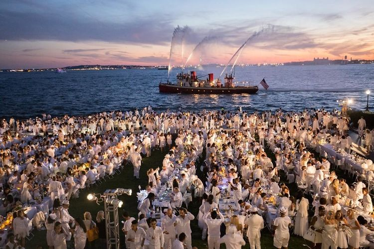 Diner En Blanc 2016: Inside NYC's Secret Dinner Party