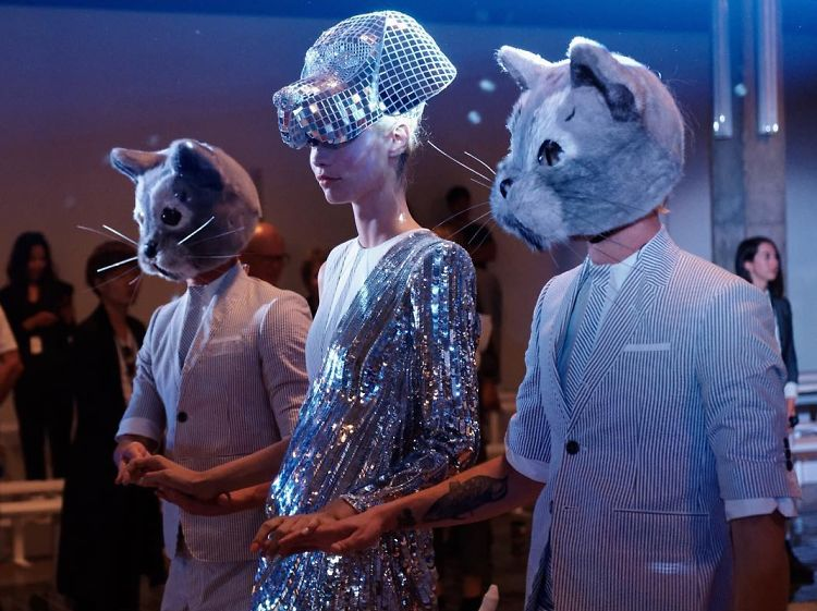 10 Fashion-Inspired Halloween Costumes Straight From The Runway