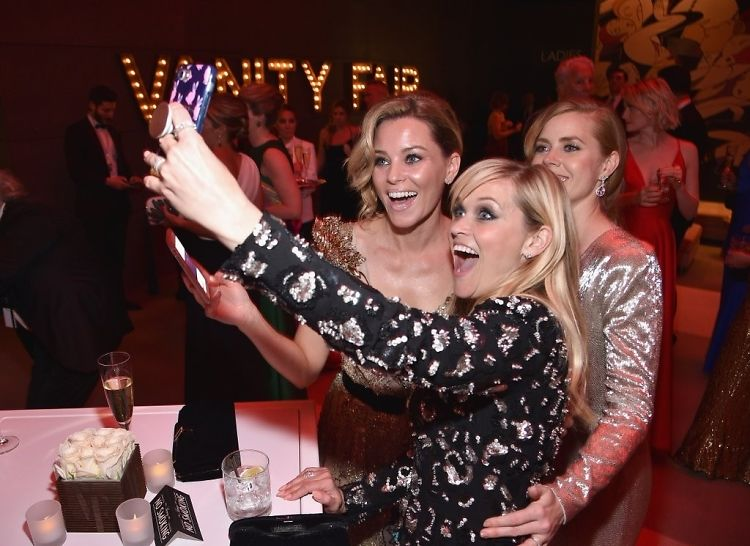 WTF Is Happening In These Oscars After-Party Photos?