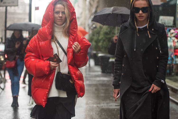 Fashion Week Street Style: Day 4 In The Rain