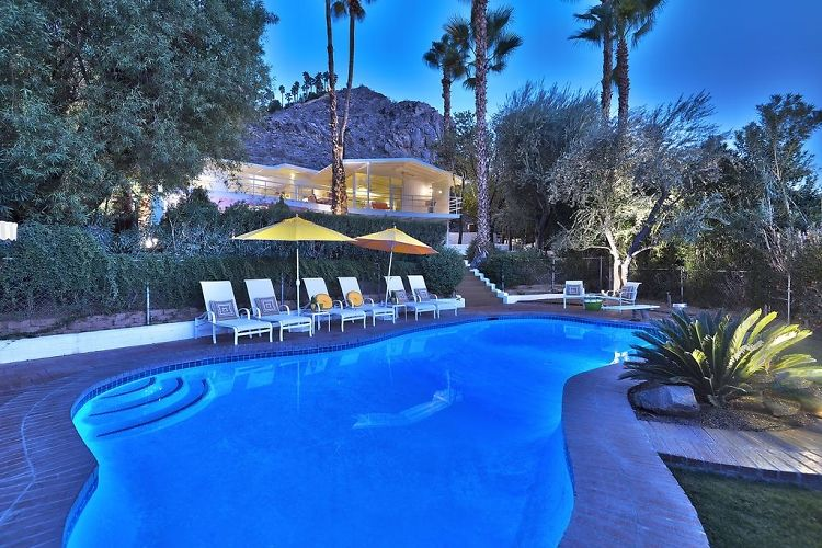 Inside Howard Hughes' Groovy Palm Springs Estate