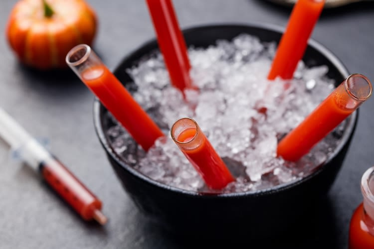 11 Creepy Cocktails To Shake Up This Halloween