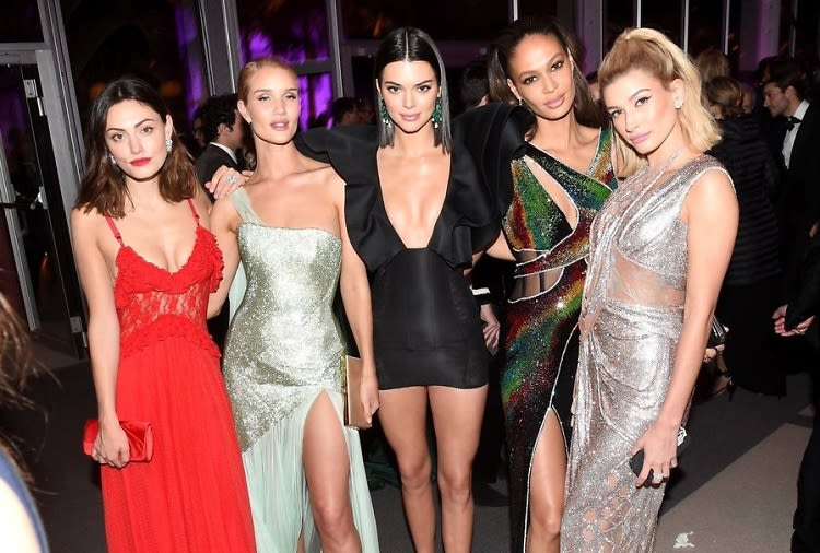 WTF Is Going On In These Oscars After-Party Photos?
