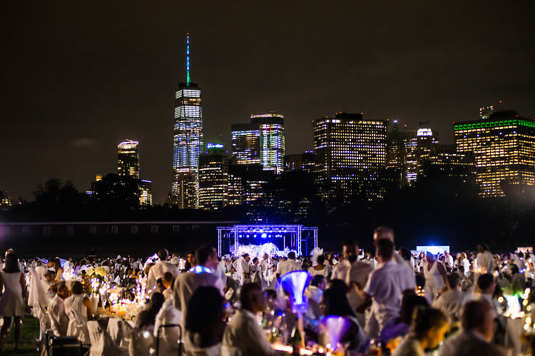Diner En Blanc 2018: Inside NYC's Glamorous Secret Dinner Party