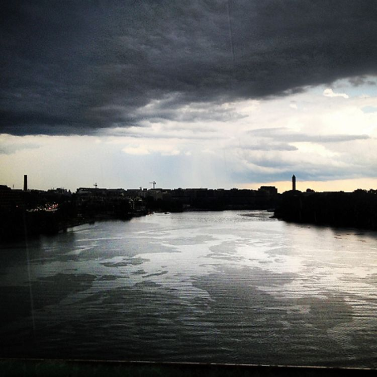 Photo Of The Week: Storm Over The Potomac