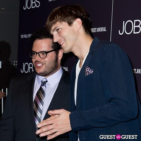 Ashton Kutcher Josh Gad