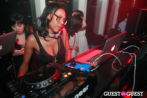 DJ Lindsey K!O