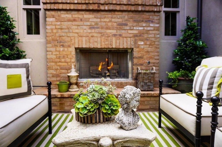17 Luxe Outdoor Fireplaces To Give You Serious Patio Envy