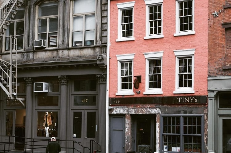 6 Nyc Hot Spots Hidden In Chic Townhouses