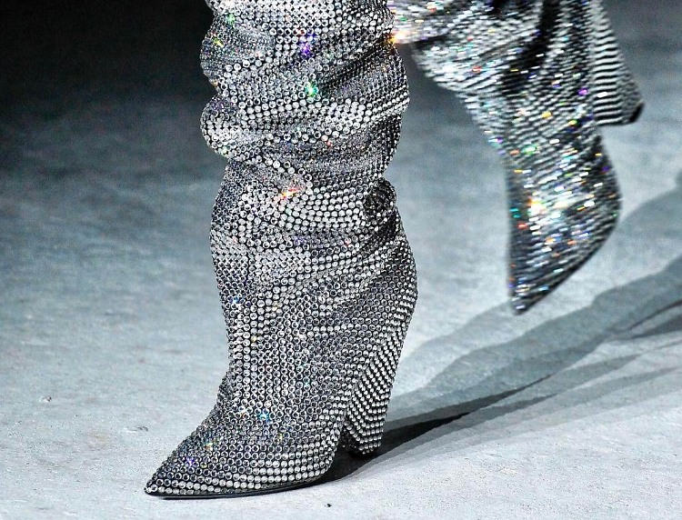 e9004e406f5 The Saint Laurent Glitter Boots EVERYONE Is Talking About