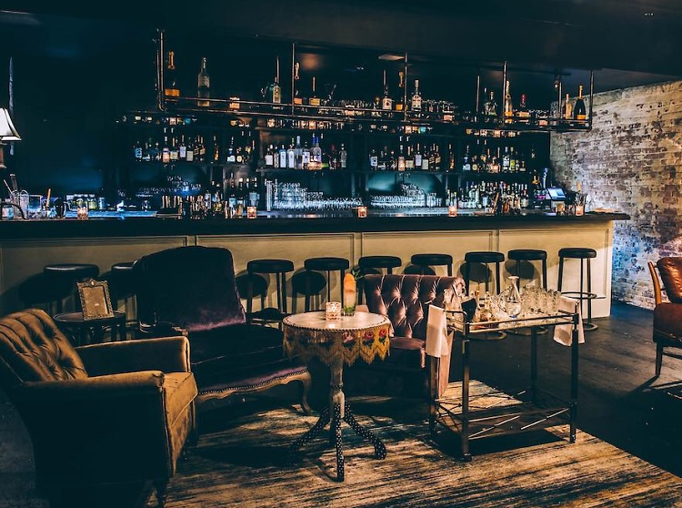 Nyc Speakeasy Guide 10 Secret Bars Worth Searching For