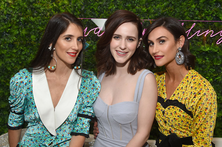 rachel brosnahan sparkles with dannijo ruffino wines