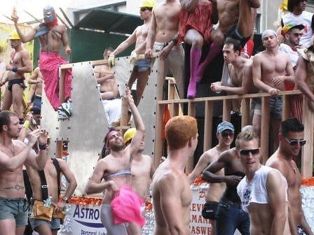 gayparade_2