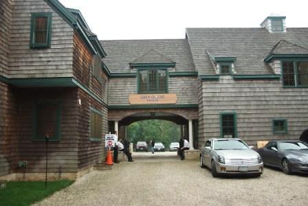 The Grey Goose Manor