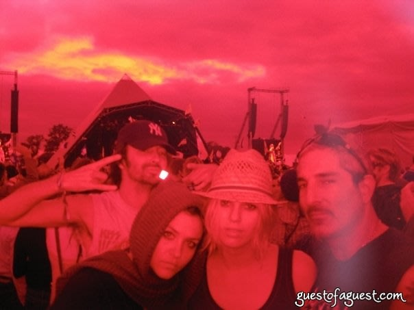 Georgia Cohen, Alexandra Richards, Nur Khan, Glastonbury Festival