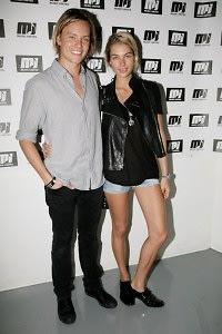 Nicholas Potts, Jessica Hart