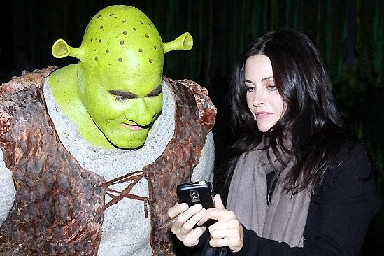 Shrek, Courtney Cox