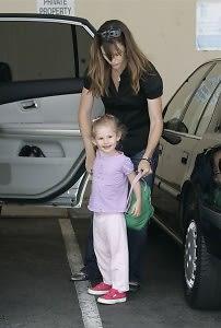 Jennifer Gardner, Violet