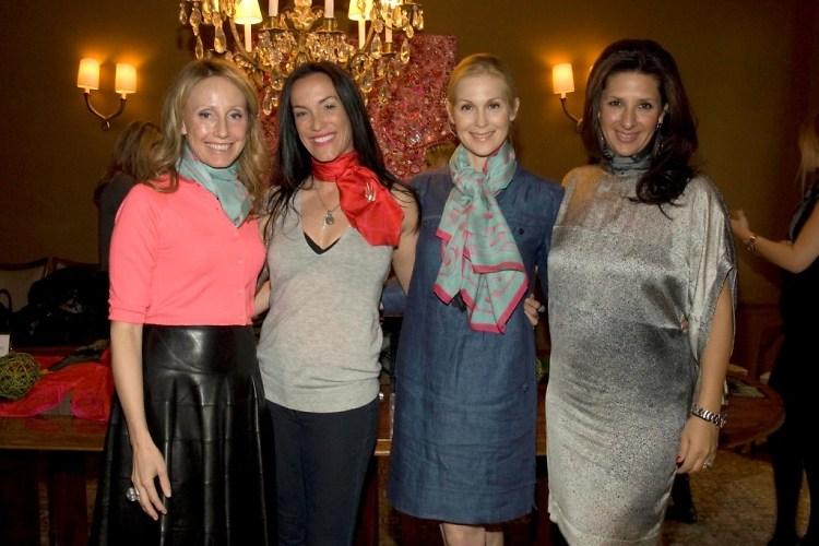 Erica Karsch, Sara Rotman, Kelly Rutherford, Charlotte Blechman