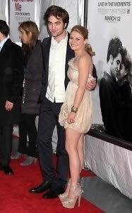 Emilie de ravin and robert pattinson dating