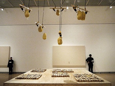 melting-cheese-installation