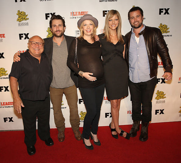 Kaitlin Olson And Rob Mcelhenney Wedding.Last Night S Parties The It S Always Sunny In Philadelphia Gang