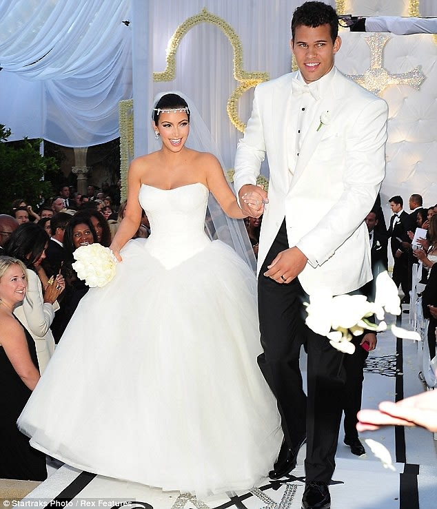 Because We Have To: Kim Kardashian Files For Divorce From ...