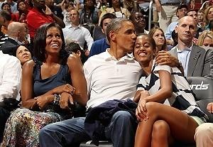 First Lady Michelle Obama, President Barack Obama, Malia Obama