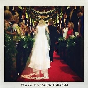 Osca de la Renta Wedding Gown