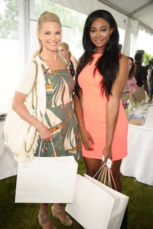 Christie Brinkley, Nana Meriwether