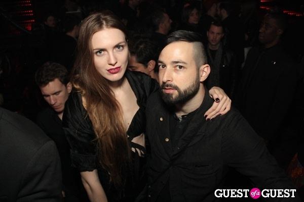 Madison Stephens, Mike Nouveau