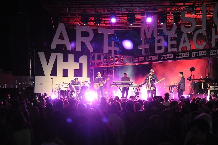 VH1 + SCOPE Party with Tegan & Sara