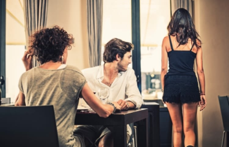 Red flags to look for when dating