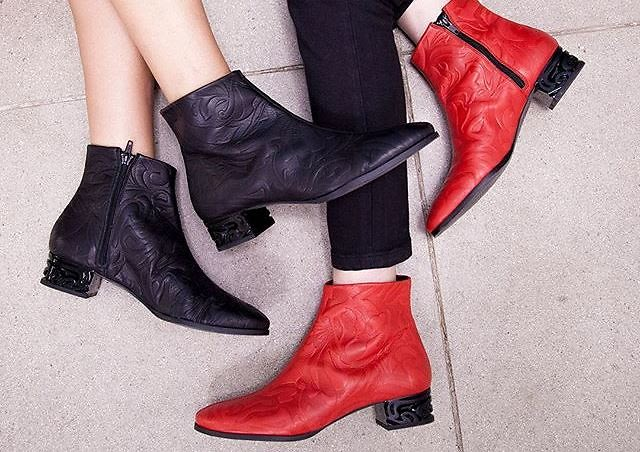 8 Cool & Comfy Boots You Need This Winter