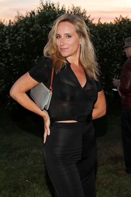 Katie Lee Hosts Quot Summer Nights Quot Sing A Long At Sagaponack