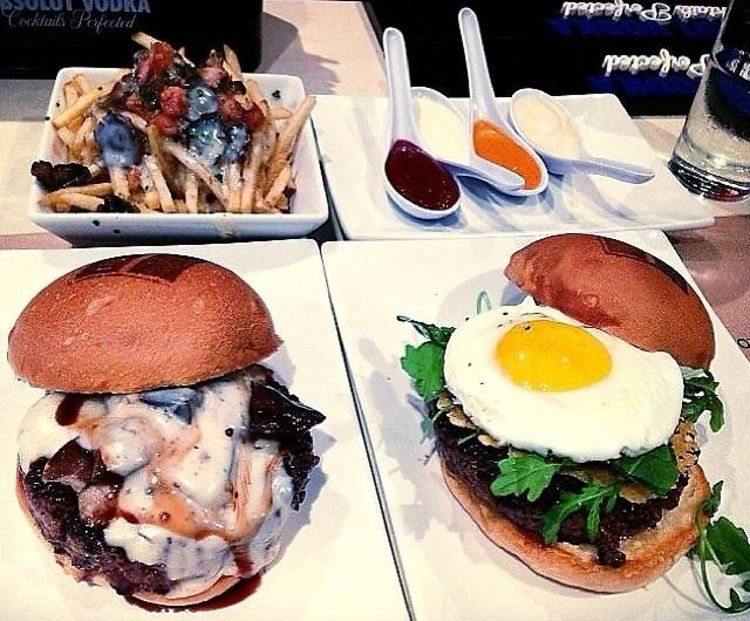 Cheap Eats: 8 Delicious Meals In NYC For Under $15