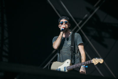 alex gaskarth in Shaun White's AIR + STYLE Los Angeles Festival