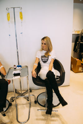 kelly bryant in Pre-Coachella Beauty Lounge at Brighton Salon with the #RIOTGirls