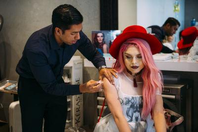 luna lovebad in Pre-Coachella Beauty Lounge at Brighton Salon with the #RIOTGirls