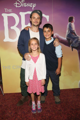 shiloh fernandez in Jemima Kirke, Shiloh Fernandez & More Attend A Family-Friendly Screening Of