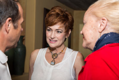 carolyn hennesy in