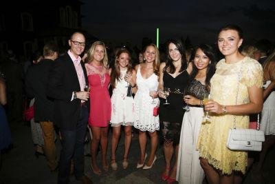 laura fels in The Met Young Members Party