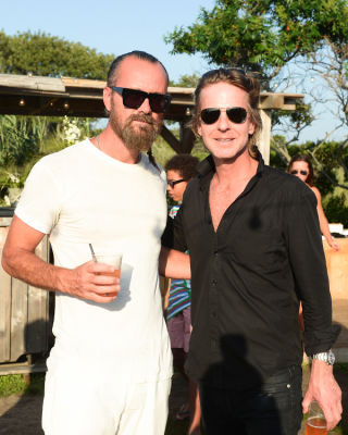 rogan gregory in Guest Of A Guest & Oliver Peoples Host A Paella Party In Montauk